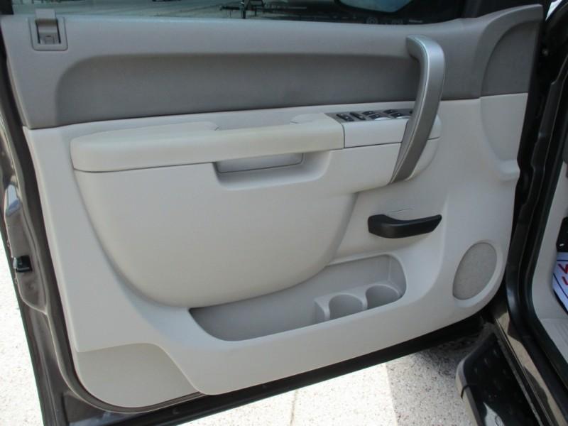 GMC Sierra 1500 2011 price $17,490