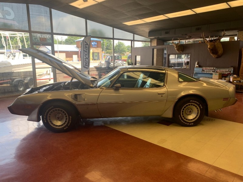 Pontiac Trans Am 1979 price $27,990