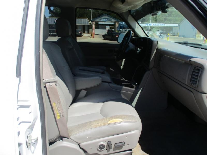 Chevrolet Silverado 3500 DIESEL 2005 price $12,490