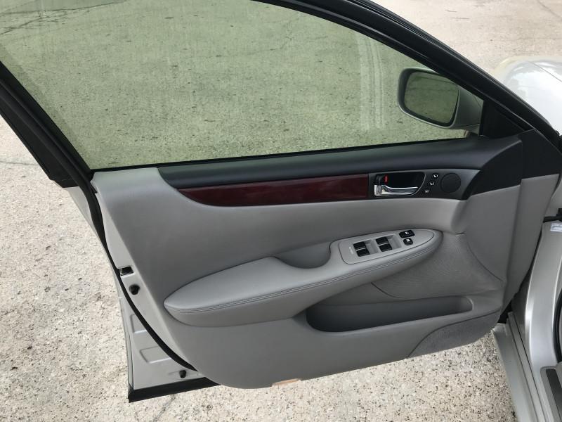 Lexus ES 330 2004 price 1500.00 DOWN