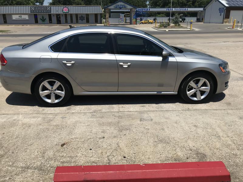 Volkswagen Passat 2012 price 1800.00 DOWN