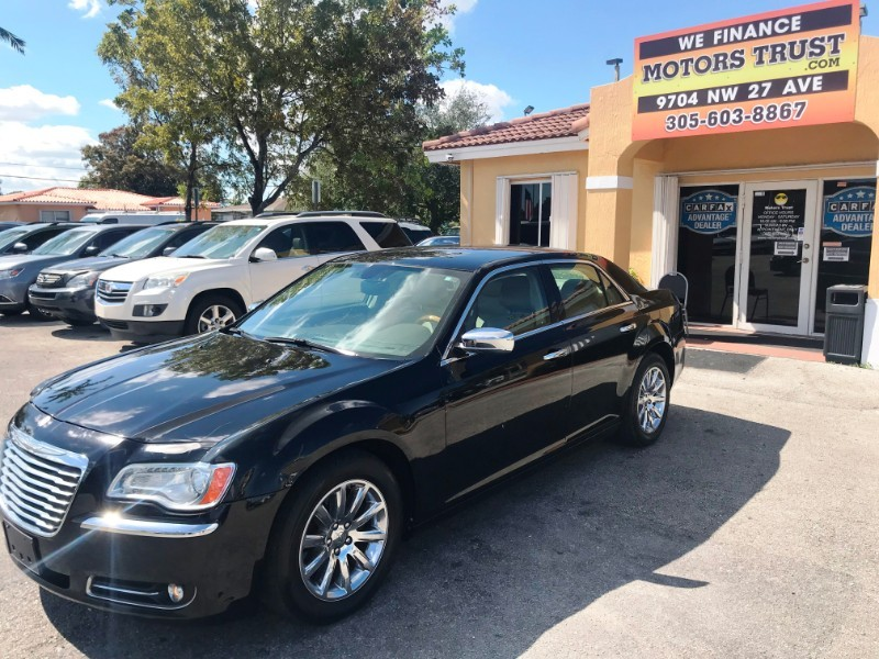 Chrysler 300 2013 price $6,800