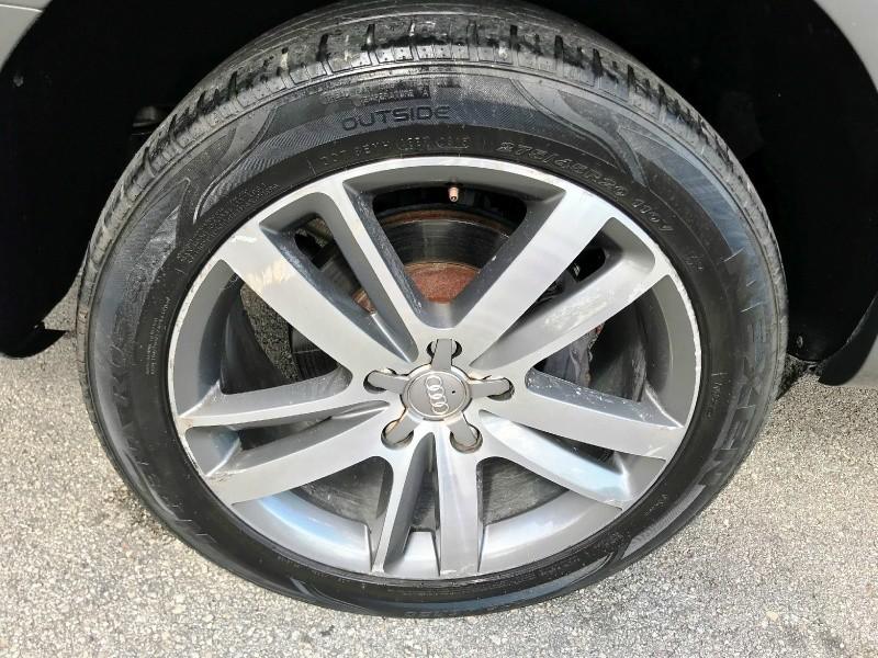 Audi Q7 2010 price $8,800