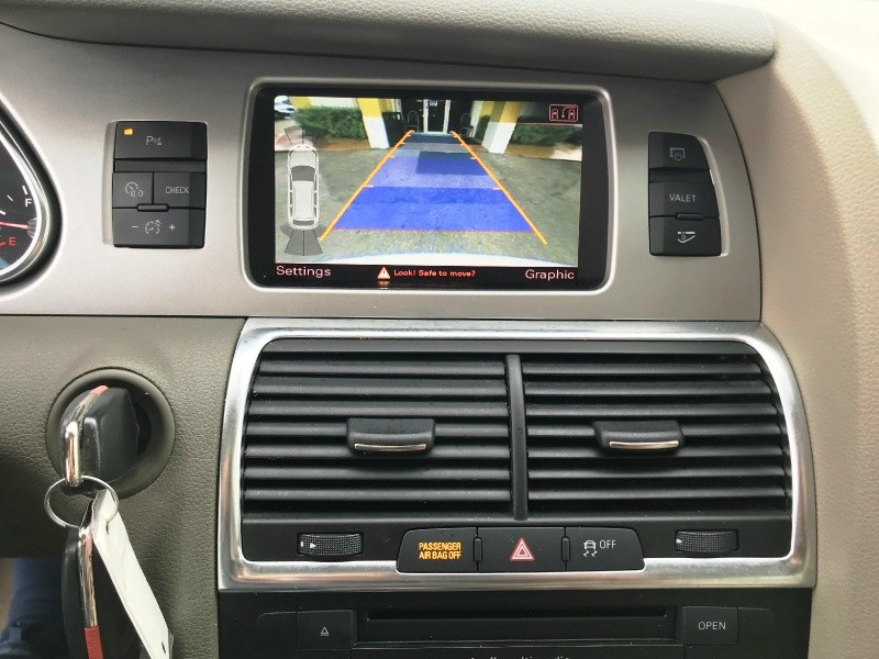 Audi Q7 2011 price $10,300