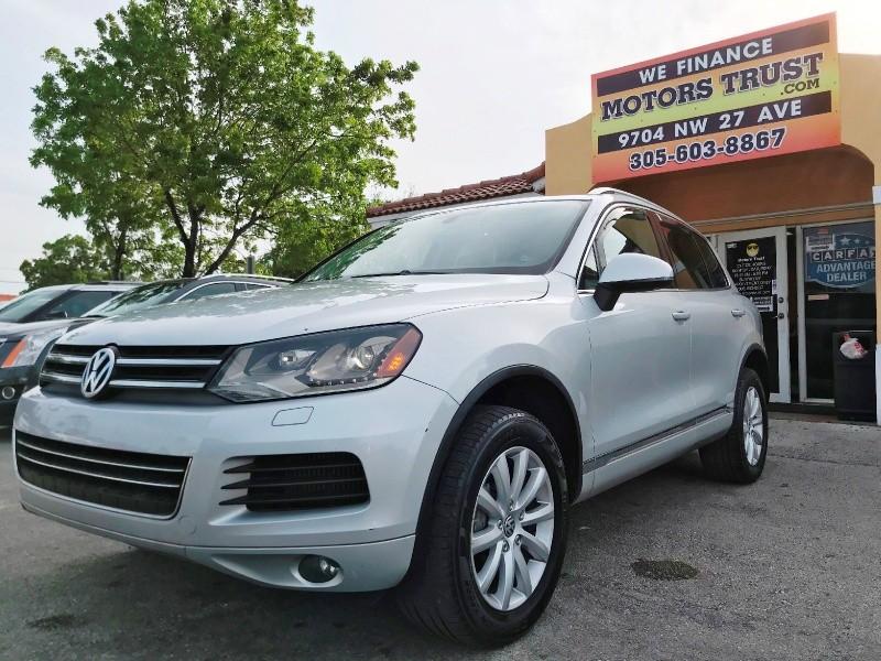 Volkswagen Touareg 2011 price $8,600