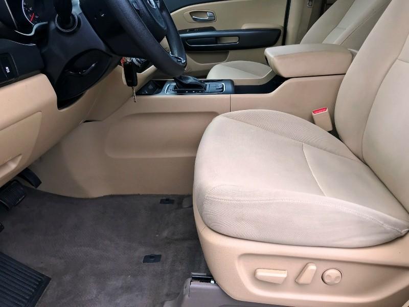 Kia Sedona 2015 price $11,500