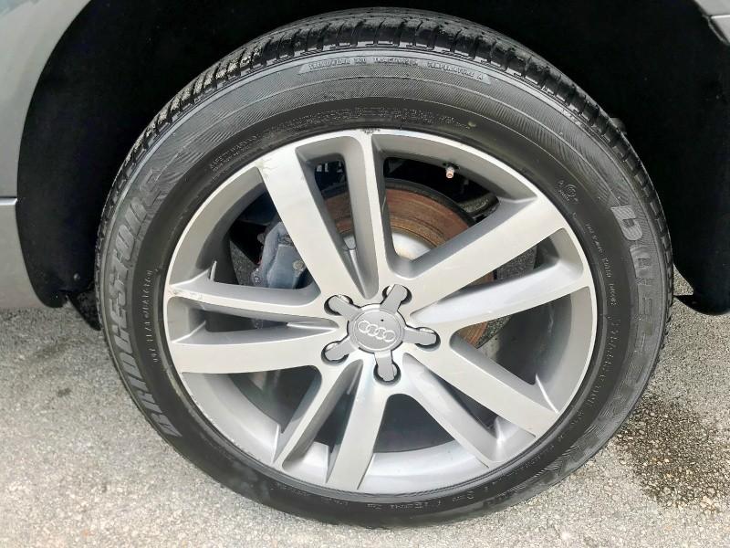 Audi Q7 2012 price $11,999