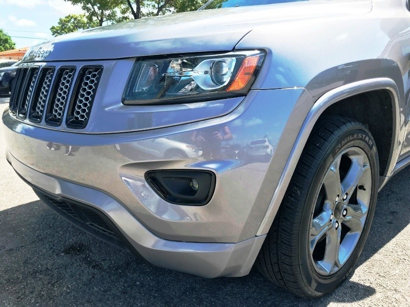 Jeep Grand Cherokee 2015 price $16,999