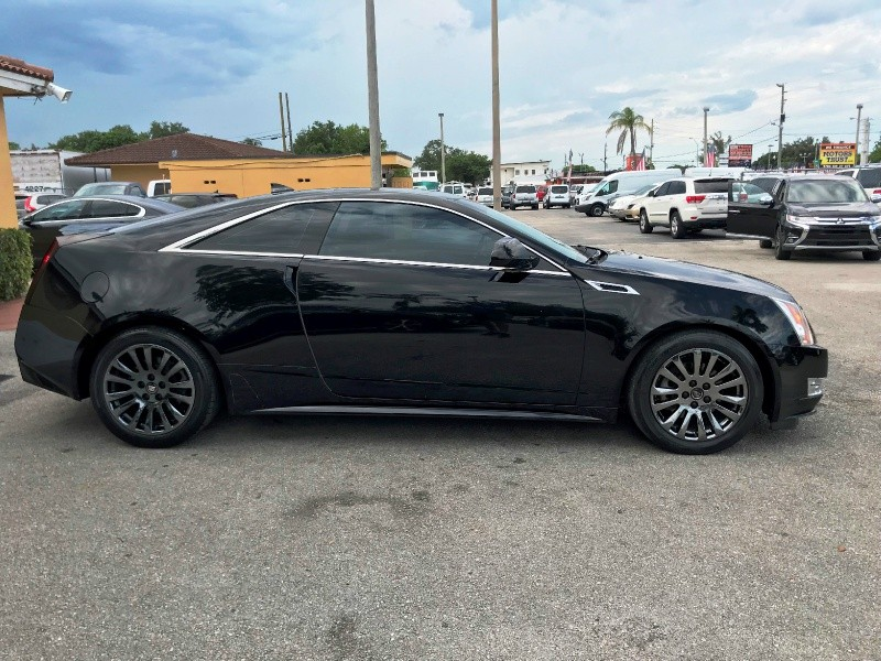 Cadillac CTS Coupe 2011 price $10,300