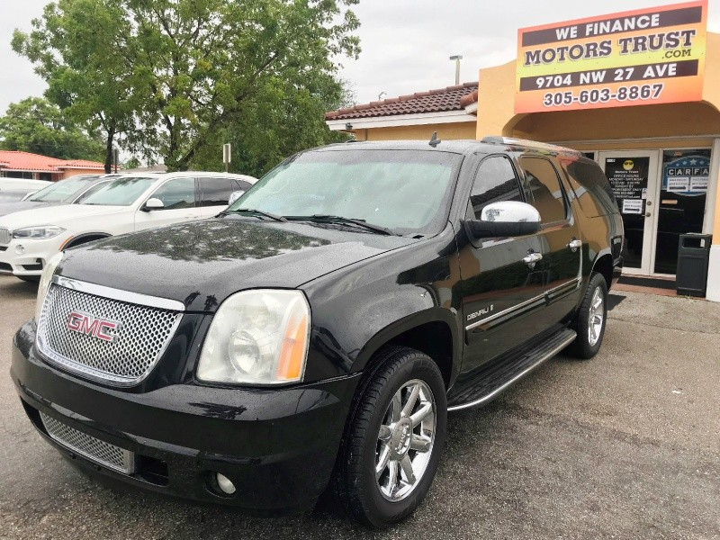 GMC Yukon XL 2007 price $8,800