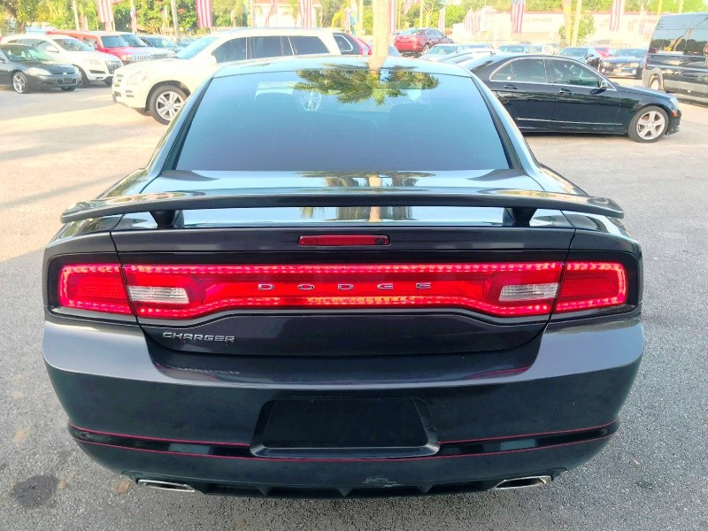 Dodge Charger 2013 price $7,300