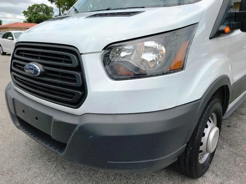Ford Transit Wagon 2017 price $28,800