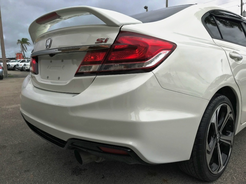 Honda Civic Sedan 2015 price $14,300