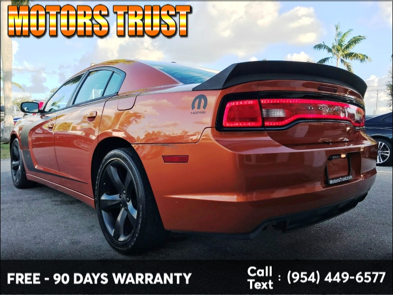 Dodge Charger 2011 price $7,199