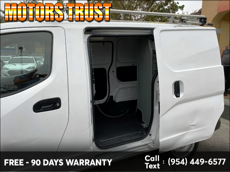 Nissan NV200 2015 price $7,299