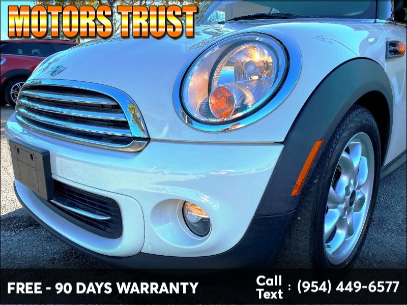 Mini Cooper Convertible 2012 price $6,999
