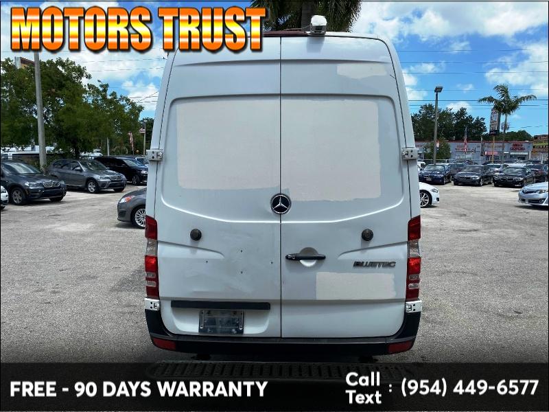Mercedes-Benz Sprinter Cargo Vans 2011 price $8,999