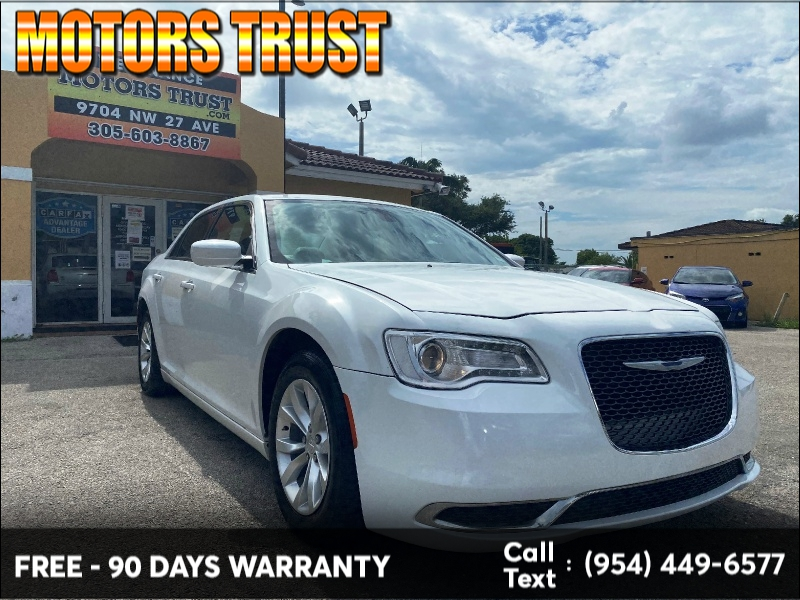 Chrysler 300 2015 price $9,999