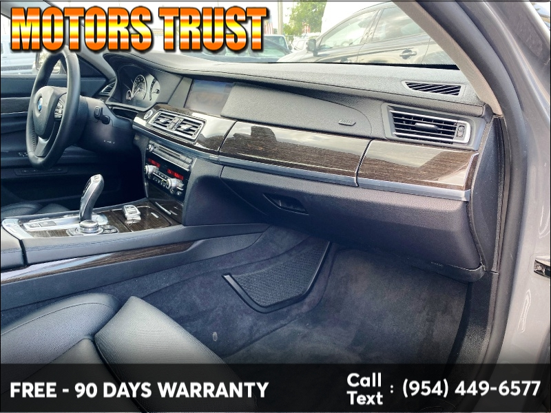 BMW 7-Series 2012 price $13,399