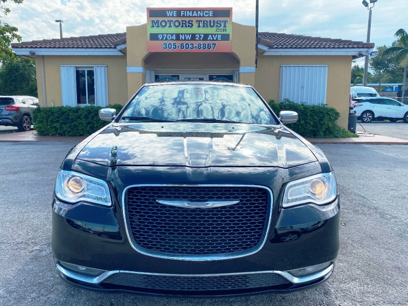 Chrysler 300 2016 price $9,999