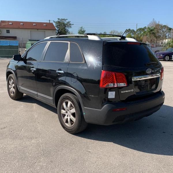 KIA SORENTO 2011 price $5,400