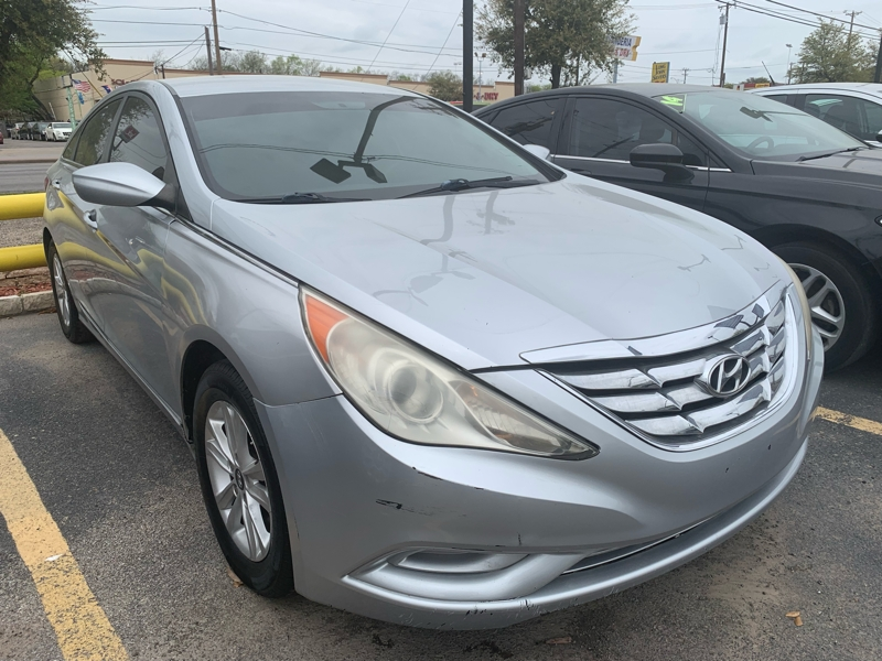 Hyundai SONATA 2011 price $5,000