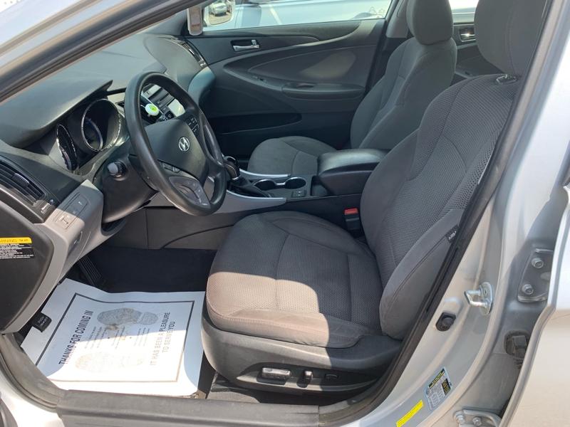 Hyundai Sonata 2014 price $9,300