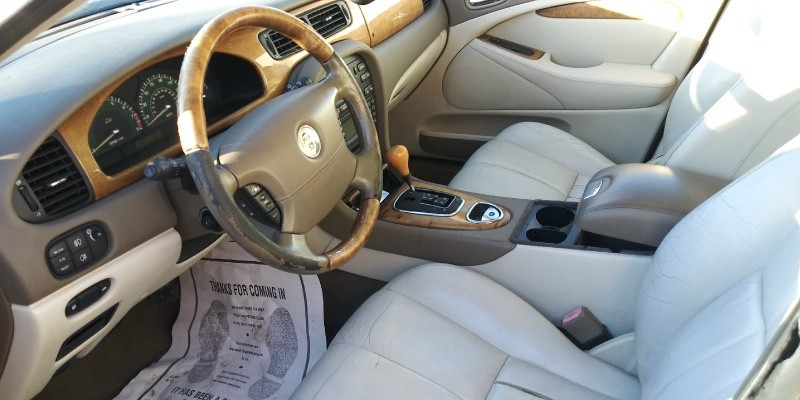 Jaguar S-TYPE 2003 price $1,500 Cash