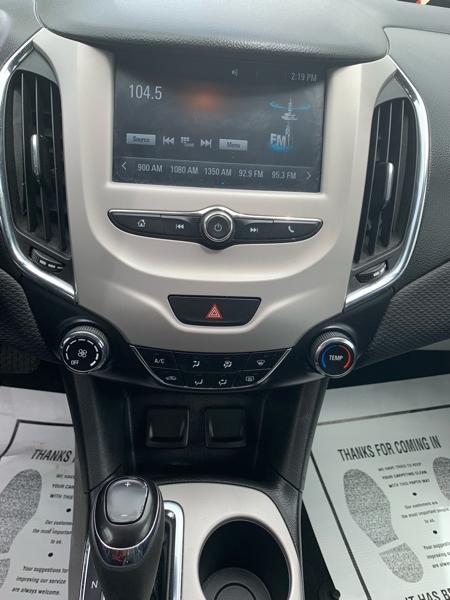 Chevrolet Cruze 2017 price $13,890