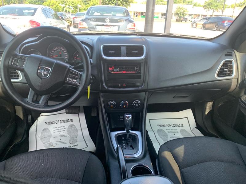 Dodge Avenger 2013 price $8,900