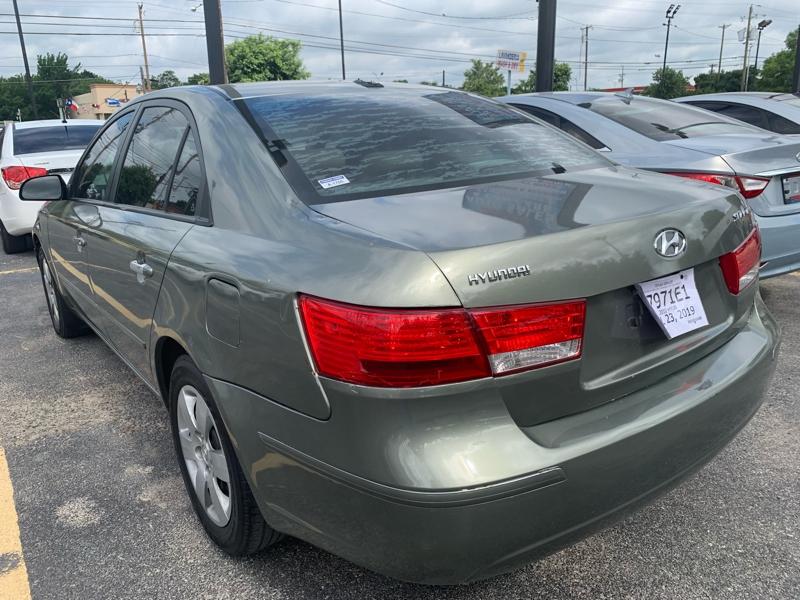 Hyundai Sonata 2010 price $2,990