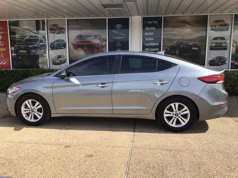 Hyundai Elantra 2017 price $13,800