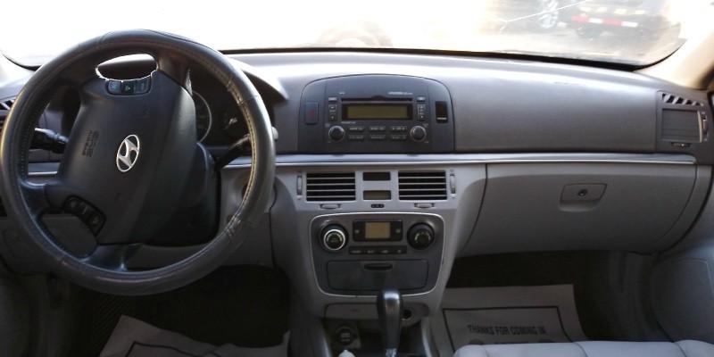 Hyundai SONATA 2006 price $1,800 Cash