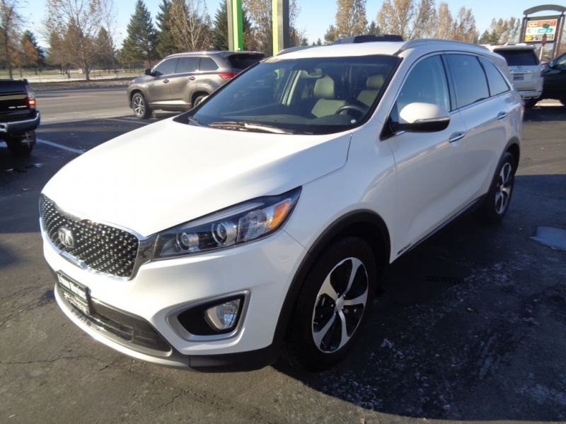 KIA SORENTO 2016 price Call for price
