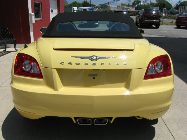 Chrysler Crossfire 2005 price $18,900