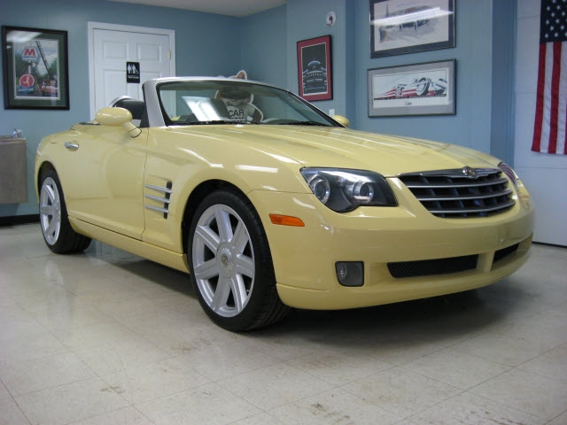 Chrysler Crossfire 2005 price $16,900