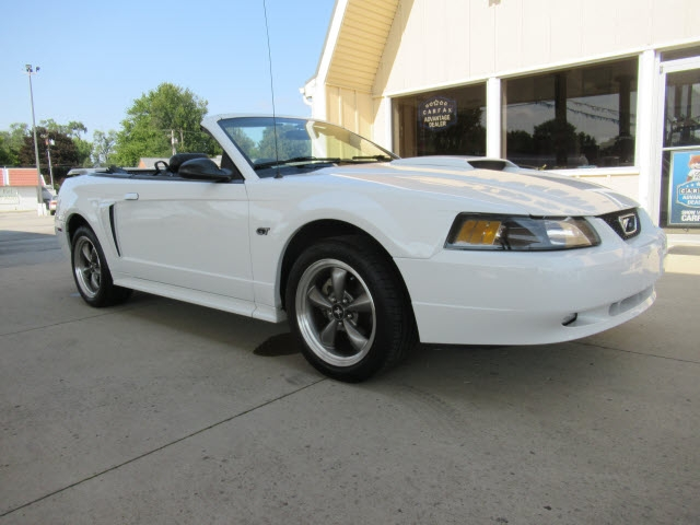 Ford Mustang 2003 price $13,590