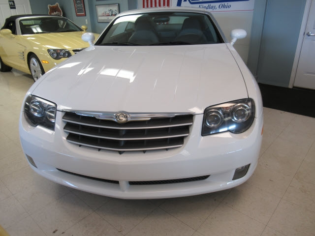 Chrysler Crossfire 2005 price $12,900