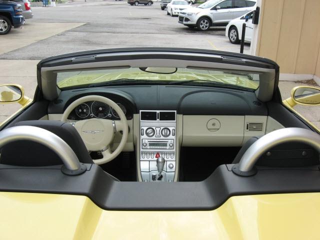 Chrysler Crossfire 2005 price $20,900