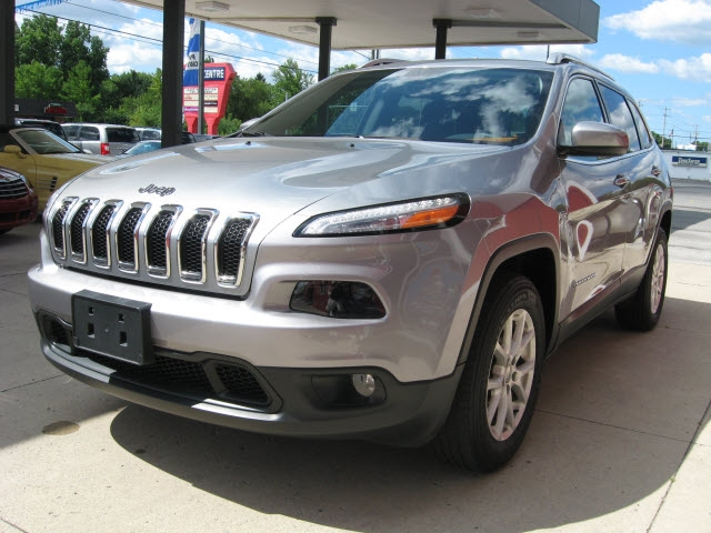 Jeep Cherokee 2016 price $19,900