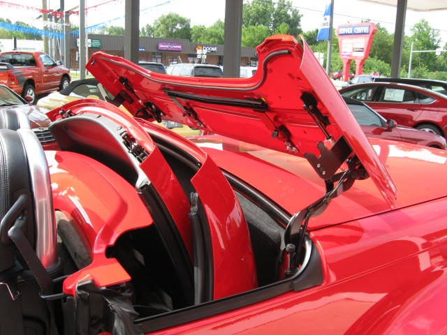 Chevrolet SSR 2004 price $25,900