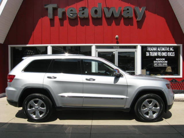 Jeep Grand Cherokee 2011 price $15,900