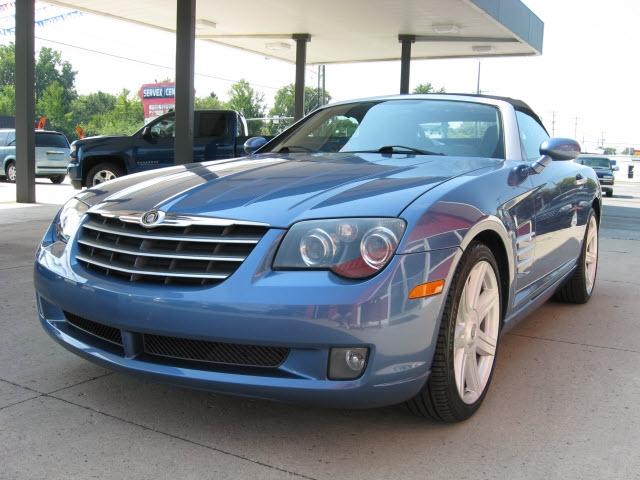 Chrysler Crossfire 2005 price $13,900