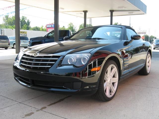 Chrysler Crossfire 2005 price $12,900
