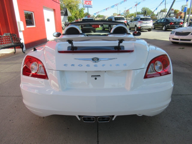 Chrysler Crossfire 2006 price $18,900