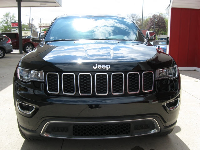 Jeep Grand Cherokee 2017 price $26,800