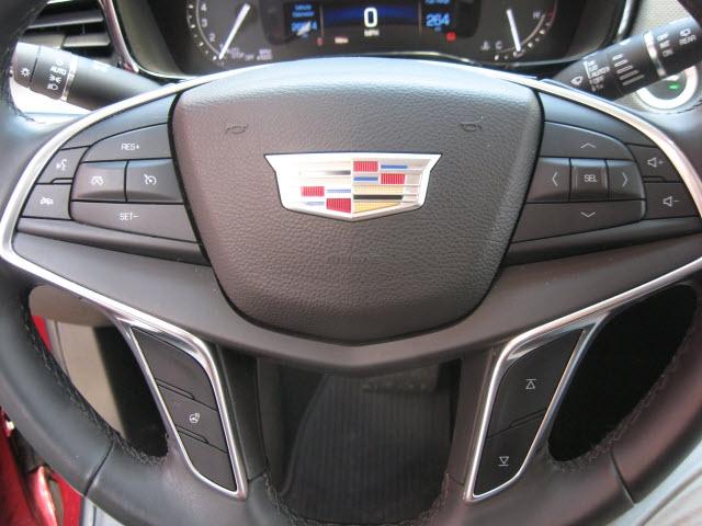 Cadillac XT5 2017 price $29,900
