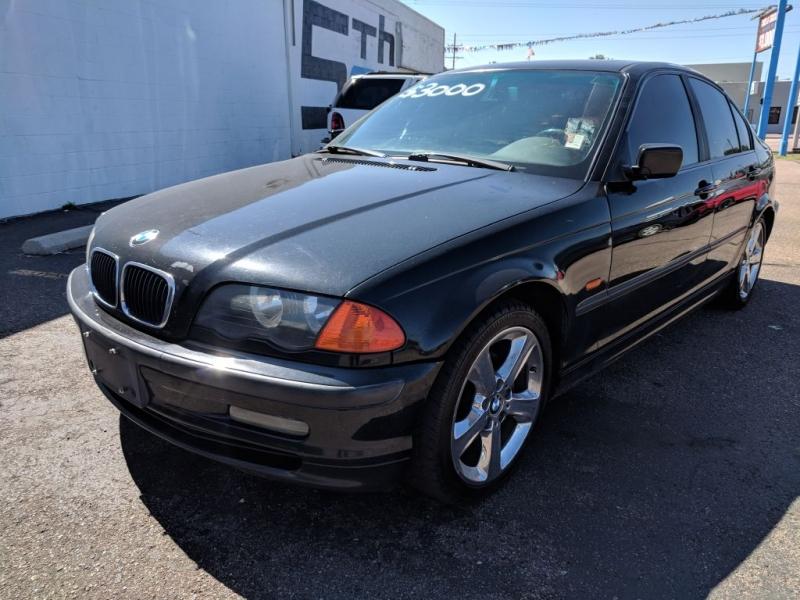 2000 BMW 323