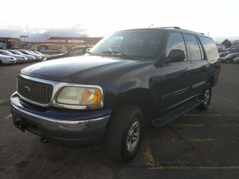 2001 ford expedition 4x4 light on