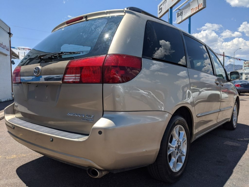 Toyota Sienna 2005 price $4,450